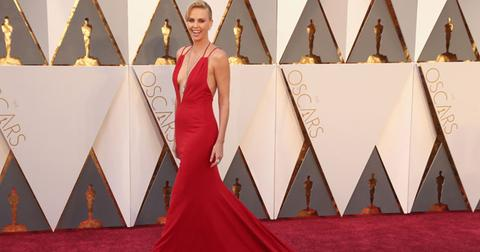 charlize theron 2016 oscars red carpet arrivals