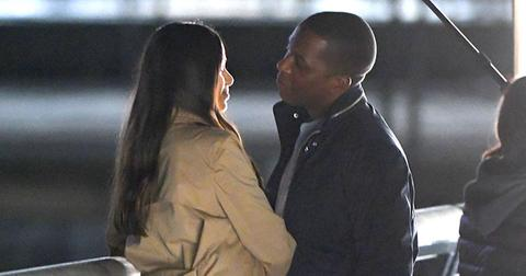 Freida pinto leslie odom jr make out while filming main