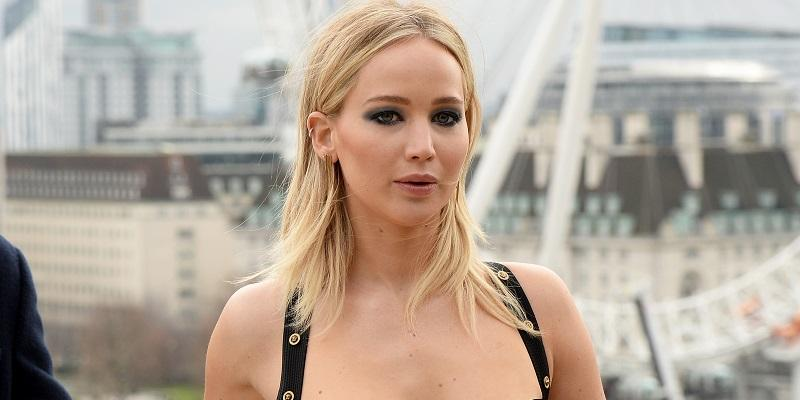 Jennifer Lawrence sizzles at a photo call for Red Sparrow