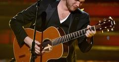 Phillip phillips win may23 rm.jpg