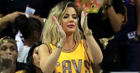 Khloe kardashian pregnant photos cavs game 1