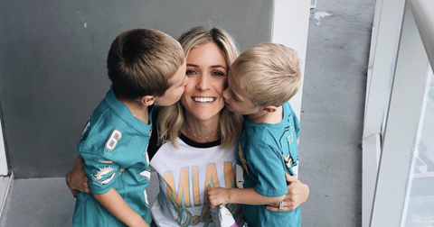 Kristin Cavallari Adopts New Dog Photos hhero1