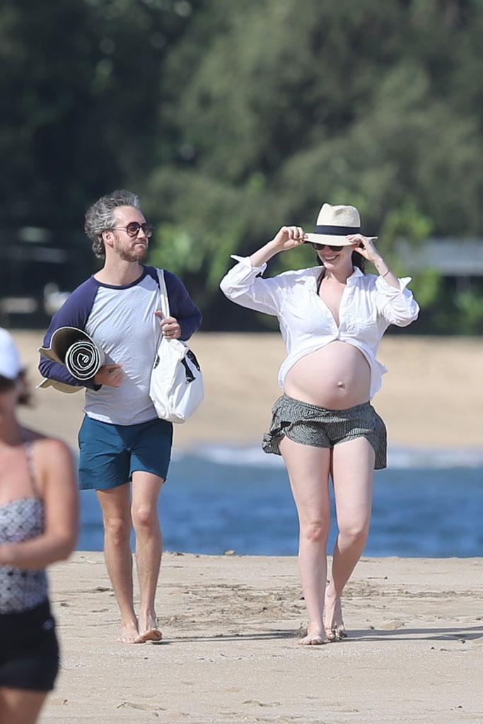 Pregnant nudist Pregnant A