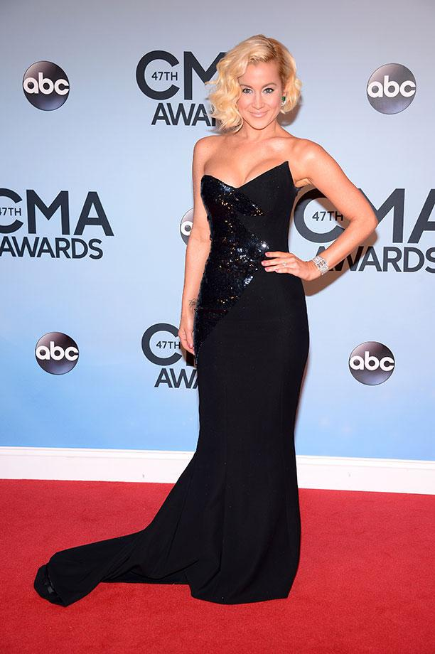 CMA 2013 Kelly Pickler