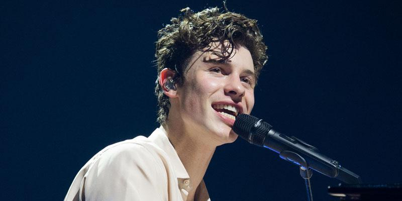Shawn Mendes Doesn't Wash Face PP