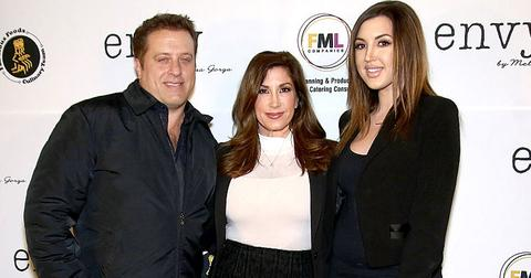 Ashlee Holmes Malleo With Jacqueline And Chris Laurita Moving