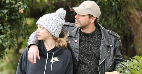 Amanda Seyfried Expecting Baby Fiance Thomas Sadoski Long