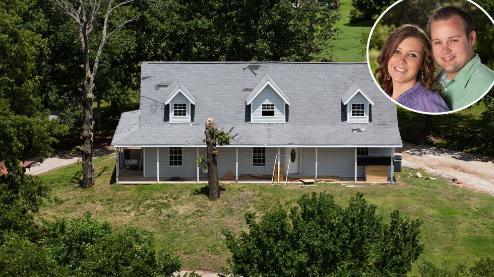 EXCLUSIVE: Aerial views of the secluded Arkansas hideaway recently purchased by Josh Duggar