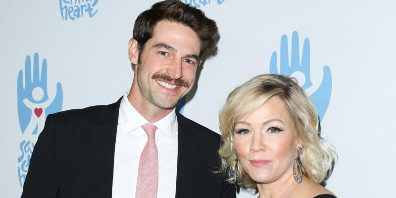 Jennie garth husband relationship trouble