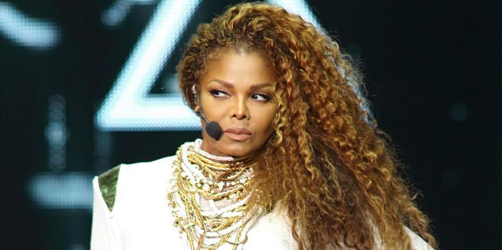 Janet Jackson – Unbreakable World Tour