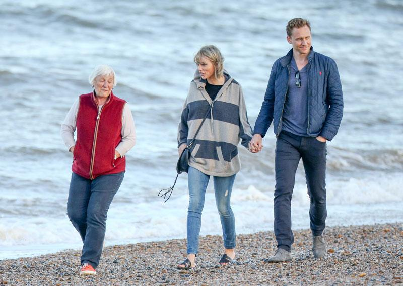 Love Birds! Taylor Swift And Tom Hiddleston Cuddle And ...