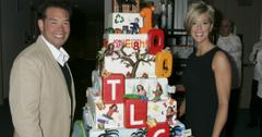 The stars of Jon and Kate Plus 8 pose with a cake.