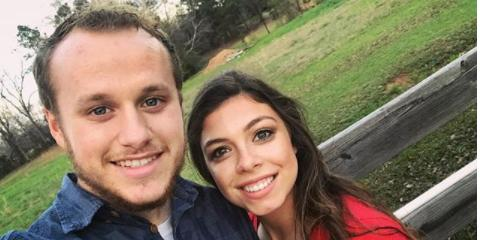 Josiah duggar lauren swans pda filled vacation pics hero