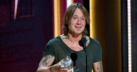 Keith urban CMA award post pic