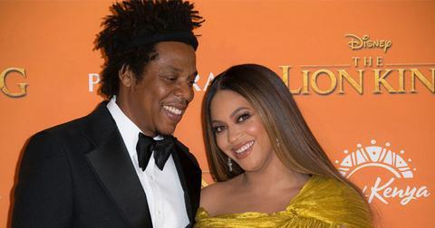 Beyonce & Jay-Z Sit During National Anthem At Super Bowl