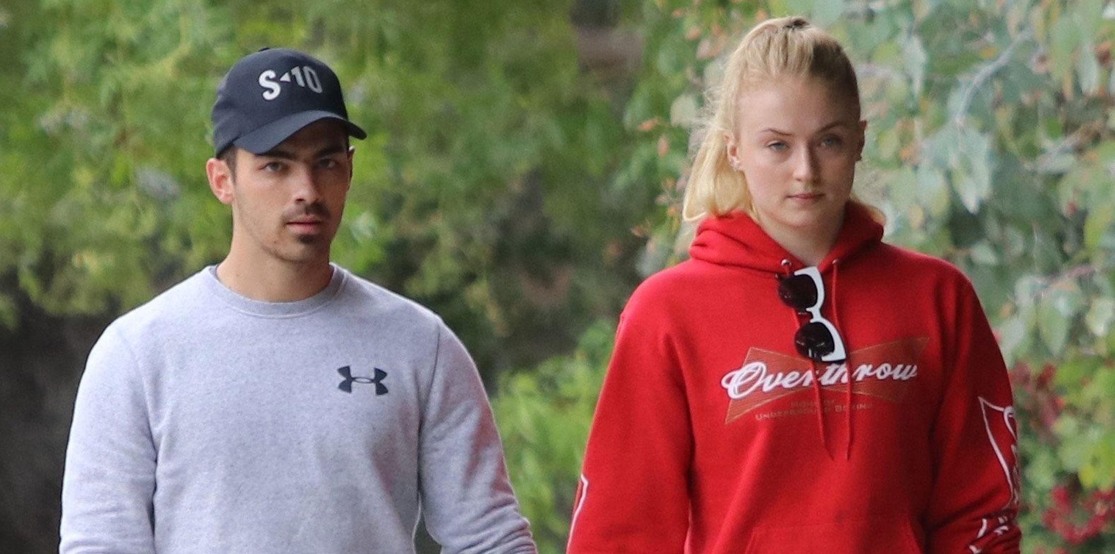 Joe Jonas Girlfriend Sophie Turner Flirty Behavior Long