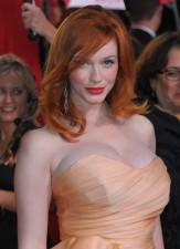 2010__01__Christina_Hendricks_Mad_Men_Cleavage_Battle 163×225.jpg