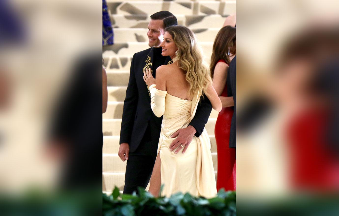 Tom Brady Gisele Bundchen Celebrate Their 11th Wedding Anniversary