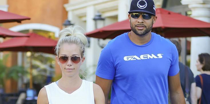 Kendra wilkinson admits having marital problems hank baskett