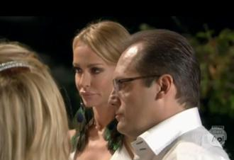 Taylor armstrong russell armstrong dec20.jpg