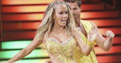 2011__05__Kendra_Wilkinson_DWTS_May4news 300×201.jpg