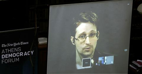 Edward Snowden Announces He Is Seeking Russian Citizenship Ahead Of Son's Birth