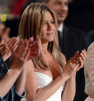 Jennifer aniston june27.jpg