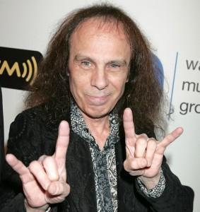 2010__05__Ronnie_James_Dio_May17news 283×300.jpg