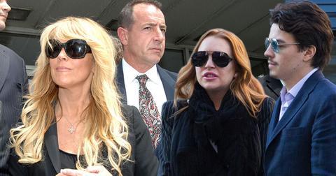 Lindsay Lohan Feuding Dina Lohan Michael Lohan Wedding