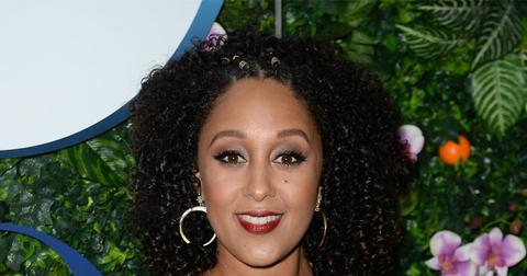 Tamera Mowry Admits She Likes Picking Her Toenails Off In Throwback Video