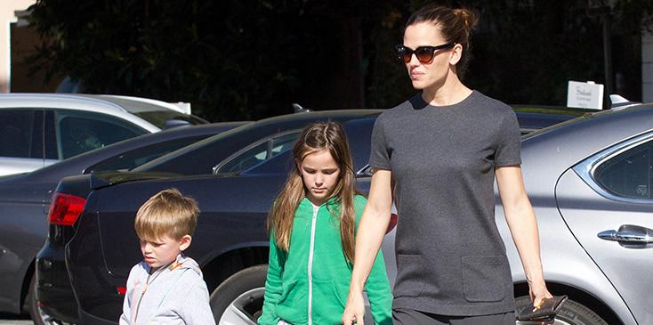 Jennifer garner doesnt want kids around ben affleck girlfriend lindsay shookus