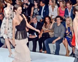 2011__09__Miranda Kerr Orlando Bloom Sept30 97 300×241.jpg