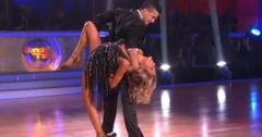 2011__09__Kristin Cavallari Dancing With the Stars Sept20 300×209.jpg