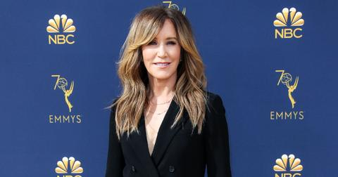 Felicity Huffman wearing Aritzia arrives at the 70th Annual Primetime Emmy Awards