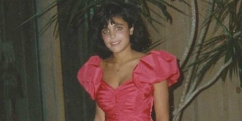 Bethenny Frankel looked beautiful in her pinkish poofy-shouldered prom dress in an old prom photo that also showed off her dated hairstyle.